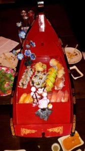 1. runde af sushi'en er serveret